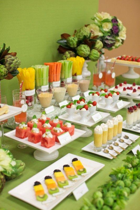 mesa de frutas para festa infantil