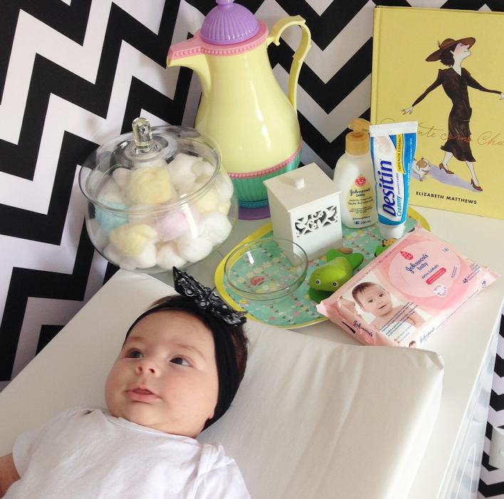 trocar a fralda do bebê